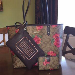 Coach reversible tote pouch & wallet BUNDLE